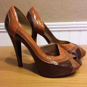 Aldo Peep Toe Retro Platform heels size 6